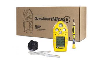 Detector de gás GasAlert Micro 5 Series com mangueira e chave.